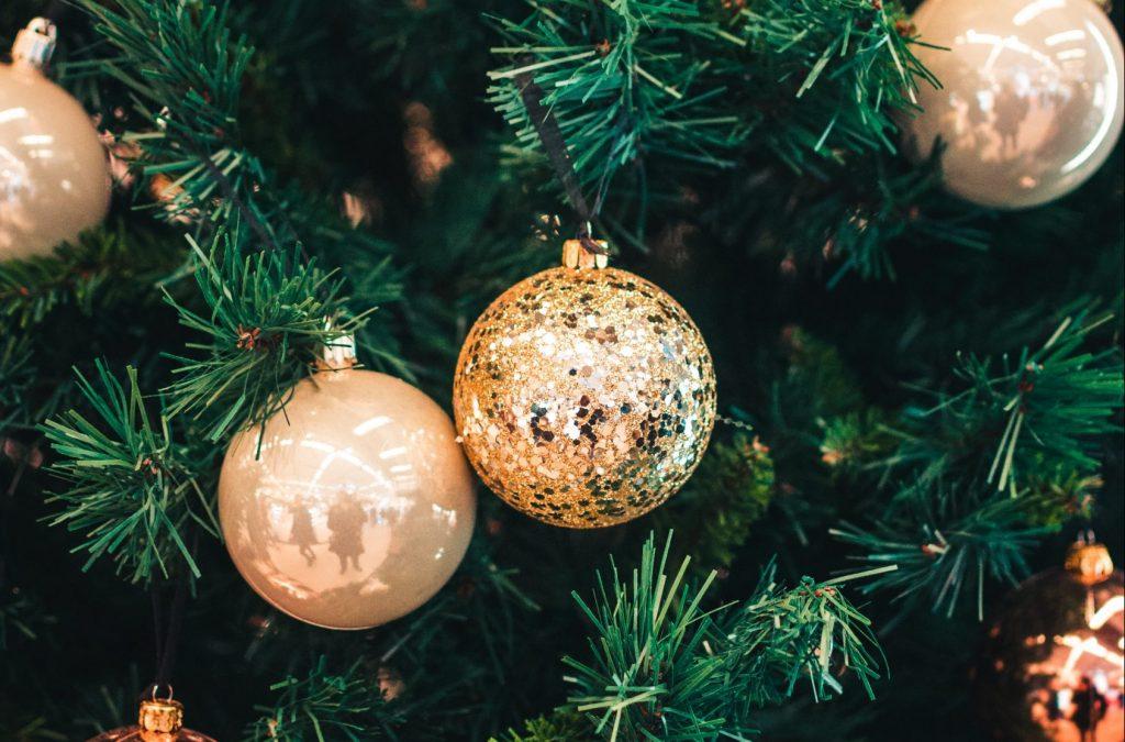 Wir wünschen Ihnen eine schöne Adventszeit!